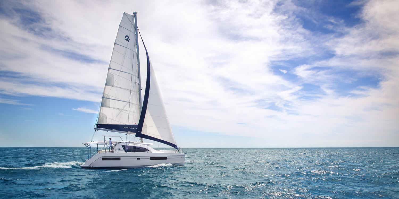 Leopard 40 Sailing
